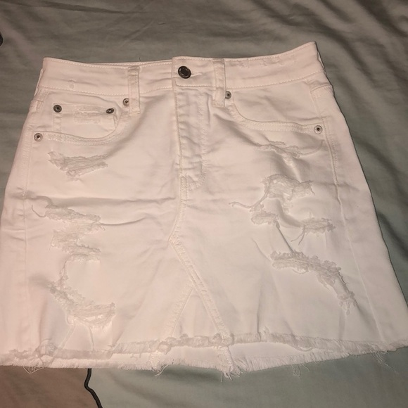 American Eagle Outfitters Dresses & Skirts - White Hollister skirt